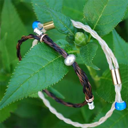 Learn how to make a 4 strand braid, then finish off the bracelet with a variety of beads at the upcoming horse hair jewelry class.